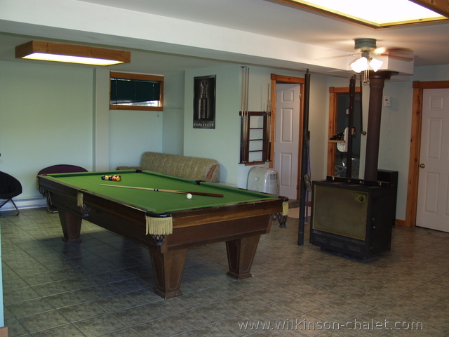 Recreation room in the basement of the cottage